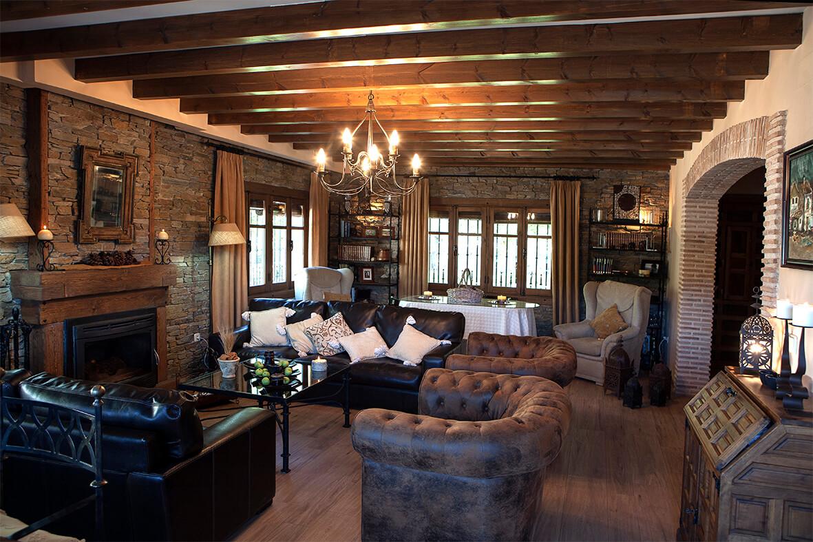 Salón de la Casa Rural La Noguera