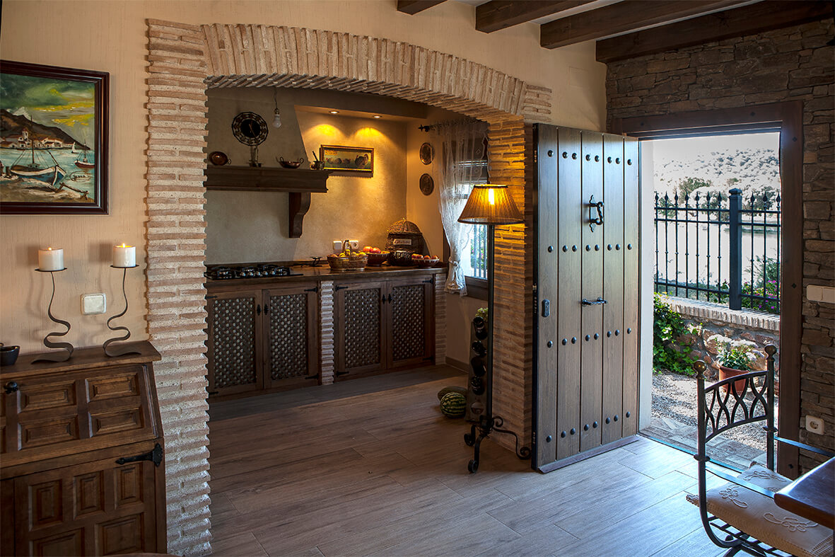 Cocinas de casas rurales elegant cocina clsica de la casa for Cocinas casas rurales