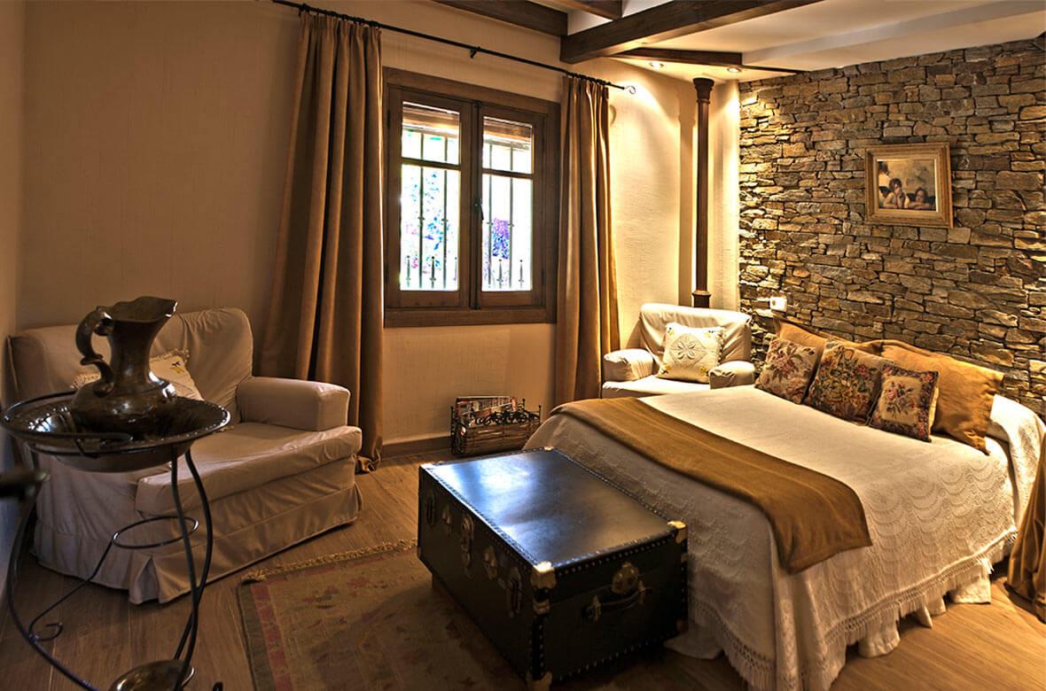 Dormitorio principal Casa Rural La Noguera